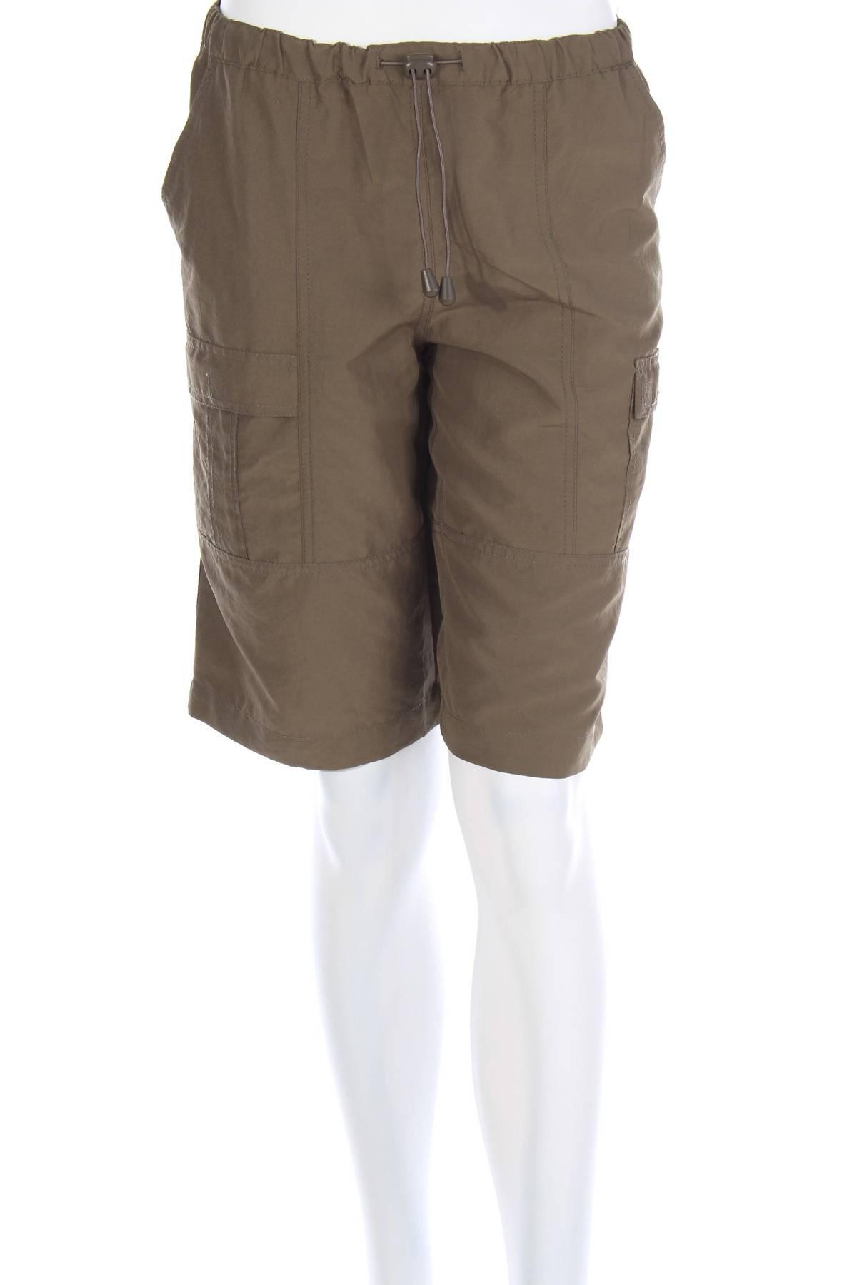 Дамски къс панталон Soya Concept1