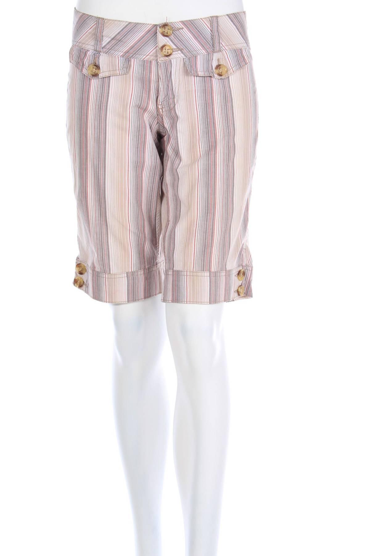 Дамски къс панталон Rewind1