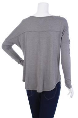 Дамска спортна блуза Jan Sport2