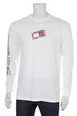 Мъжка блуза Tommy Jeans1