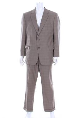 Мъжки костюм Jos.a.bank1