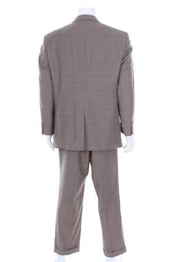 Мъжки костюм Jos.a.bank2