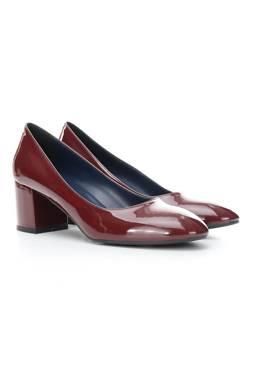 Дамски обувки Pollini1