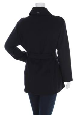 Дамско палто Armani Jeans2