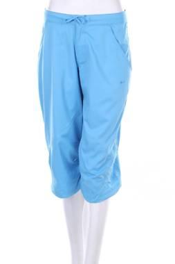 Дамски къс спортен панталон Nike1
