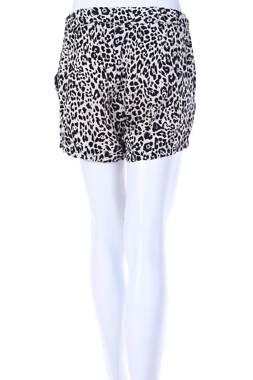 Дамски къс панталон Vero Moda1