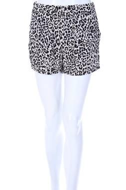 Дамски къс панталон Vero Moda2