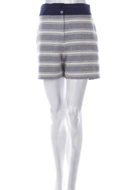 Дамски къс панталон Stefanel1