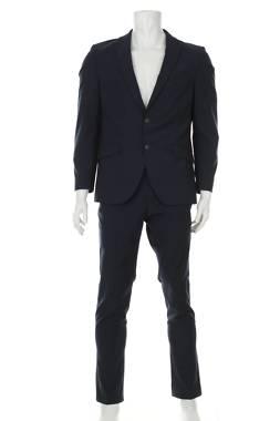 Мъжки костюм Bugatti1