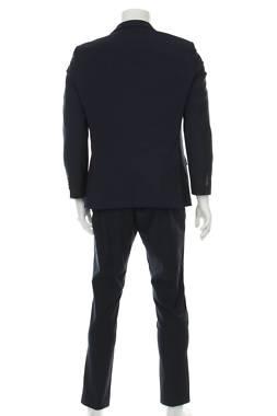 Мъжки костюм Bugatti2