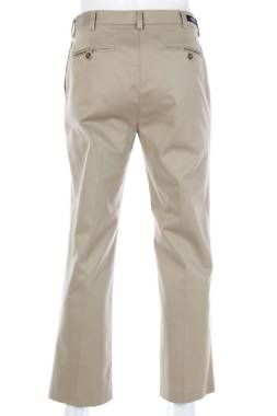 Мъжки панталон Roundtree & Yorke1