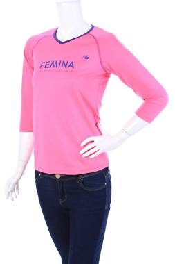 Дамска спортна блуза New Balance1