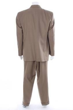 Мъжки костюм Geoffrey Beene2