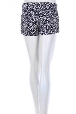 Дамски къс панталон VRS2