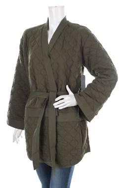 Дамско палто Hurley1