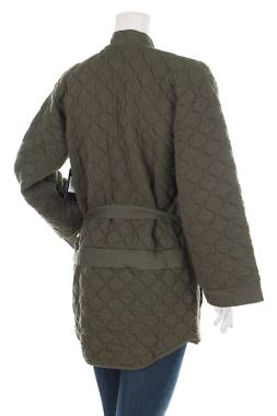 Дамско палто Hurley2