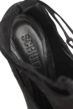 Дамски обувки Schutz3