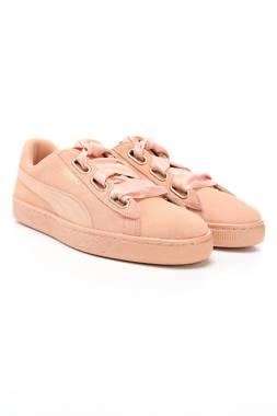 Дамски обувки Puma1