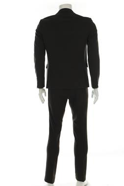 Мъжки костюм Lindbergh2