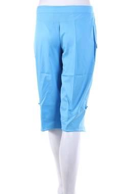 Дамски къс спортен панталон Nike2