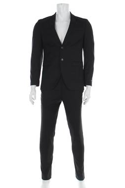 Мъжки костюм Jack & Jones1