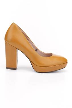 Дамски обувки Tamaris1
