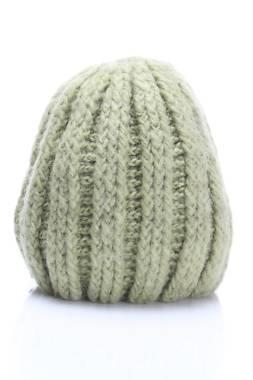 Детска шапка 2