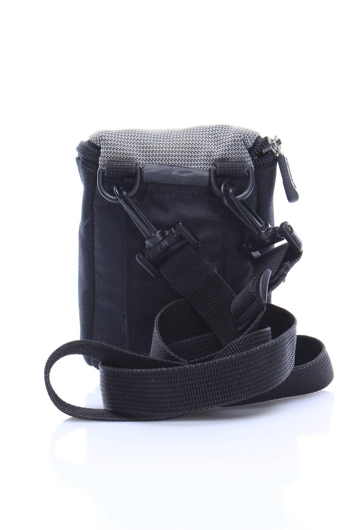 Чанта за фотоапарат Lowepro2