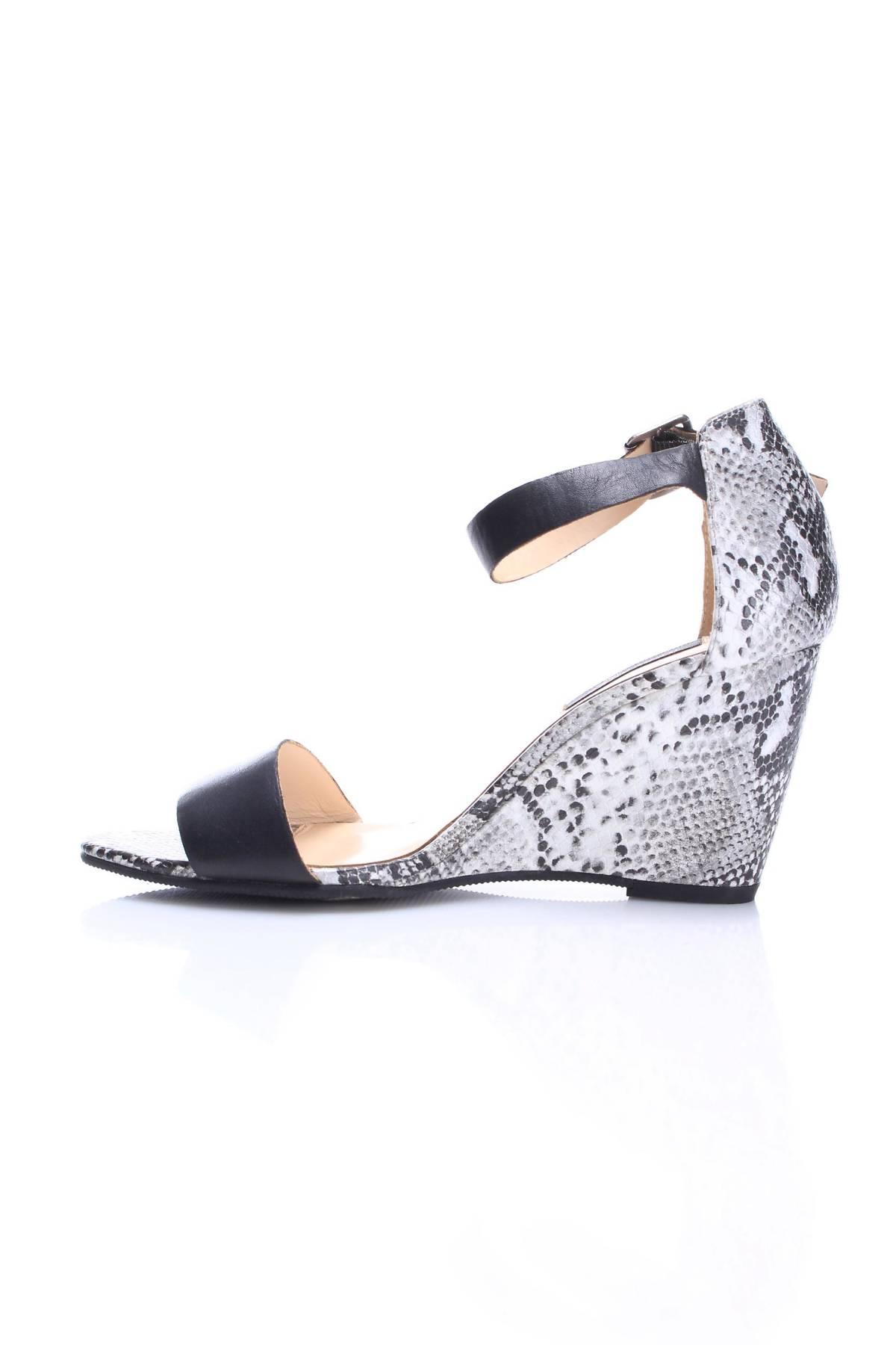 Дамски обувки Reserved4