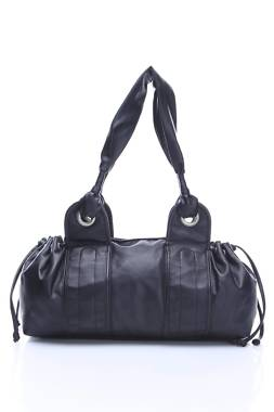 Дамска кожена чанта Marc Chantal1