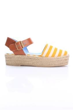 Дамски обувки Pollini2