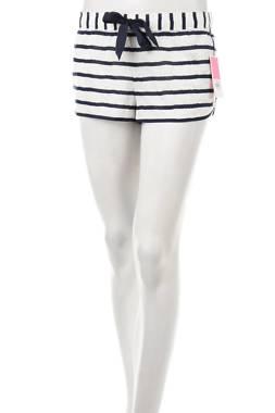 Дамски къс панталон Juicy Couture1