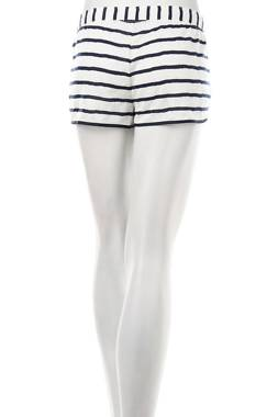 Дамски къс панталон Juicy Couture2