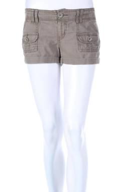 Дамски къс панталон Mudd1