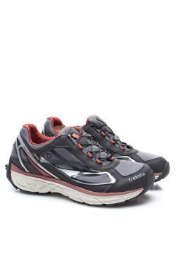 Туристически обувки Treksta1