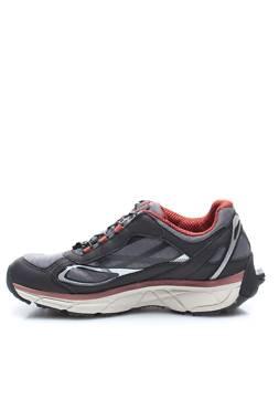 Туристически обувки Treksta2