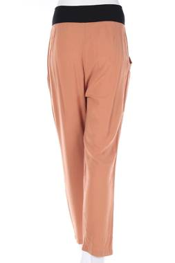 Дамски панталон Lola1