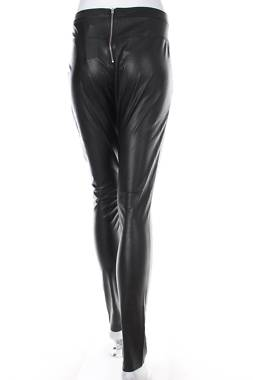 Дамски кожен панталон Pieces2