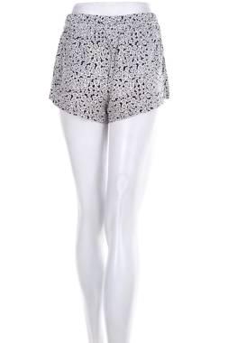 Дамски къс панталон Review2