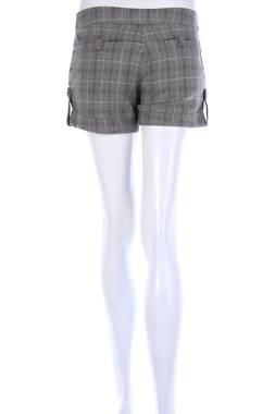 Дамски къс панталон 2