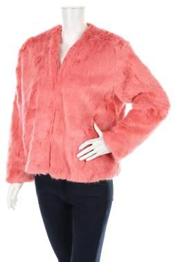 Дамско палто Pull & Bear1