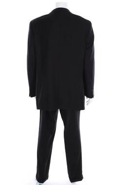 Мъжки костюм Caravelli2