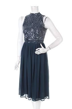 Официална рокля Lace & Beads1