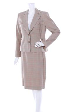 Дамски костюм Worthington1