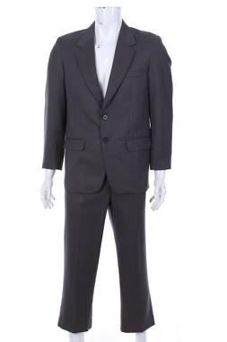Мъжки костюм 1