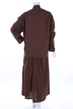 Дамски костюм 2