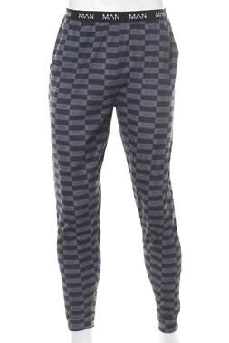 Мъжка пижама Boohoo1