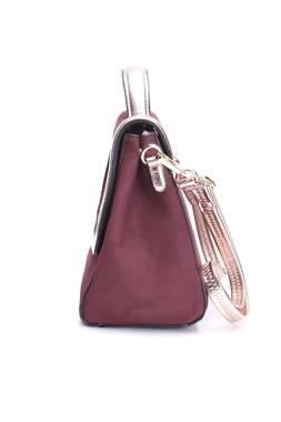 Дамска кожена чанта Paris Hilton2