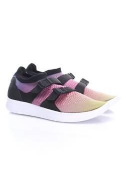 обувки Nike1