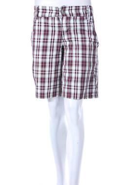 Дамски къс панталон O'Neill1